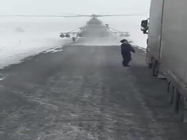 Ztracená helikoptéra v Kazachstánu