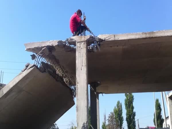 Bezpečnost na stavbě v ruském Bělgorodě