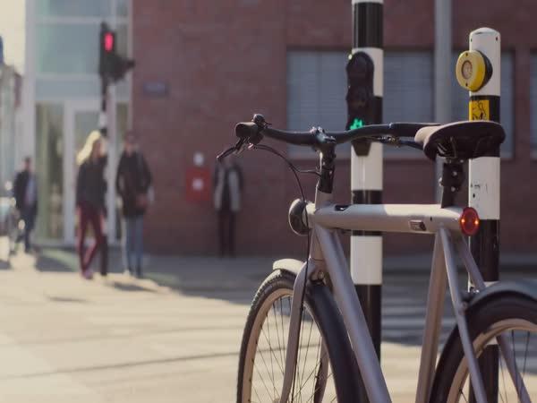 Samonaváděcí kolo bez řidiče