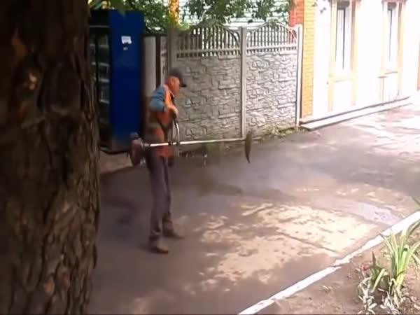 Když přijdeš do práce opilý