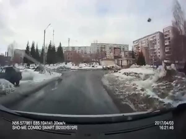 Ruská školačka cestou do školy