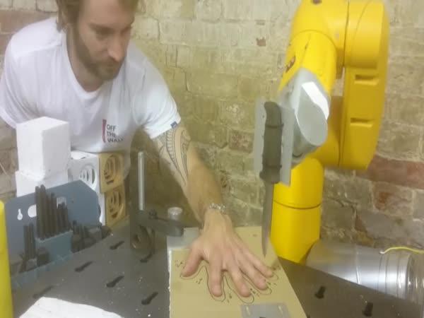 Důvěra ve vlastního robota