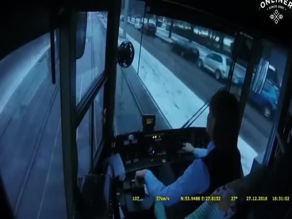 Flegmatická řidička tramvaje