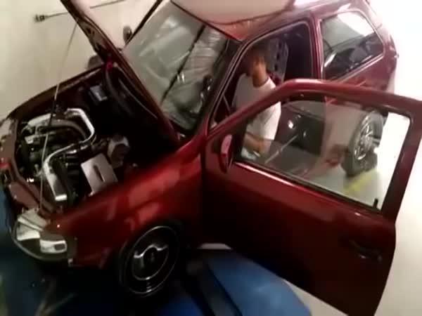 Poslední test výkonu auta