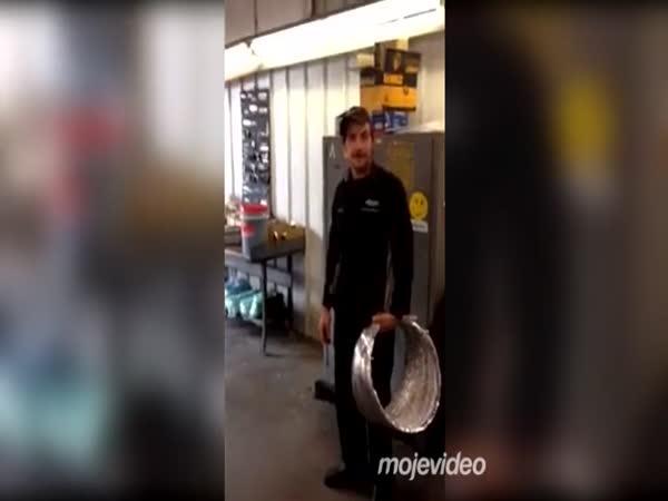 Jak se schovat před policisty