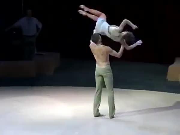 Neuvěřitelné taneční představení