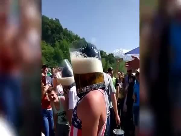 Šílená ruská chlastací hra