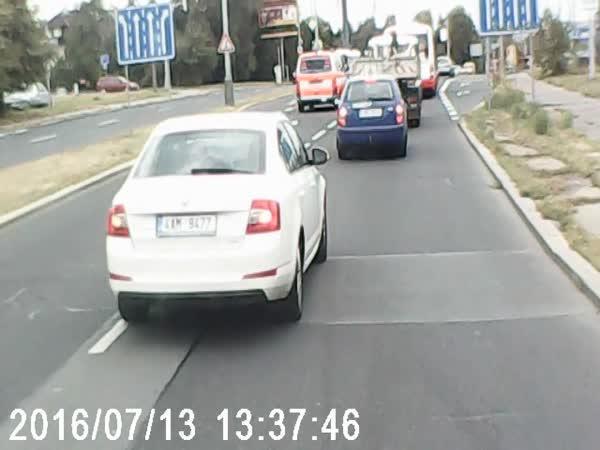Blbci na českých silnicích