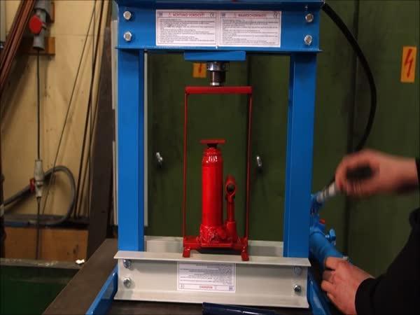 Hydraulický lis vs. hydraulický lis