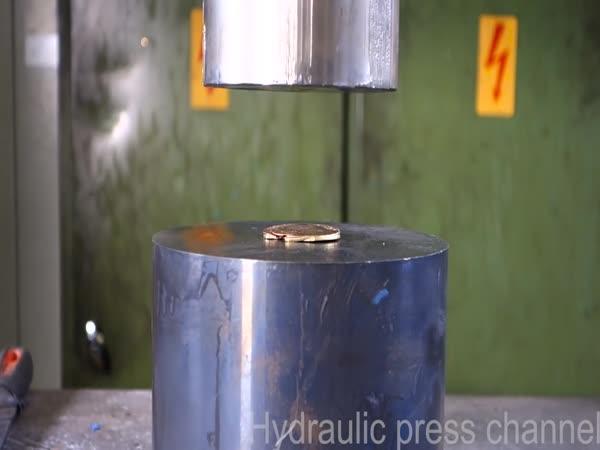 Hydraulický lis vs Drobné předměty