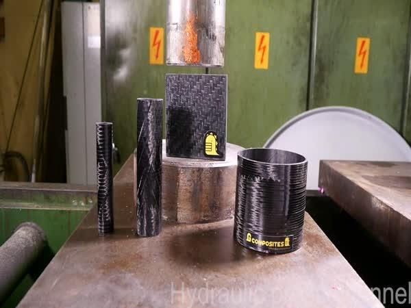 Hydraulický lis vs. karbonové vlákno