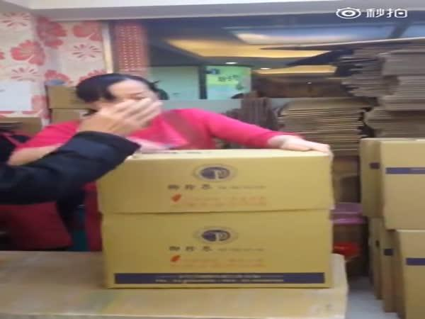 Čínská pošťačka – kung-fu style