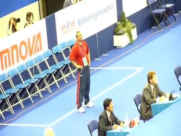Trenér gymnastů