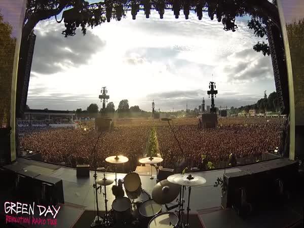 Atmosféra na koncertu Green Day
