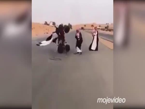 Jak se baví ženy v poušti