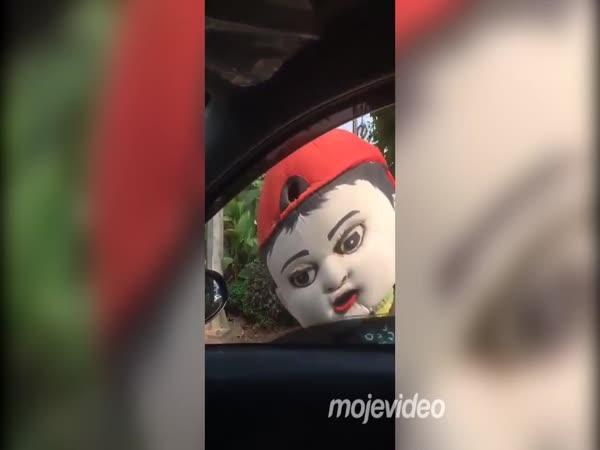 Maskot, který si zaslouží peníze