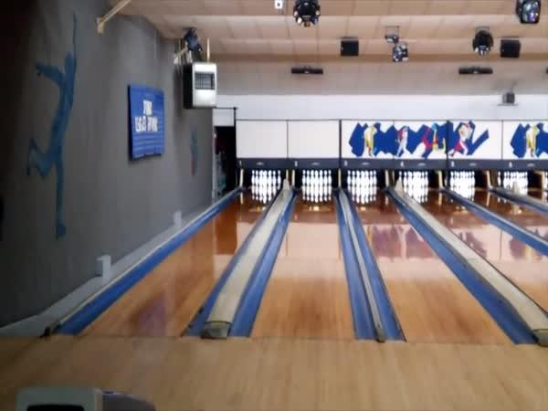 Světový rekord v bowlingu