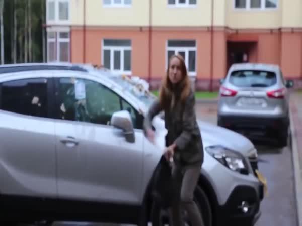 Když ničíte špatné auto