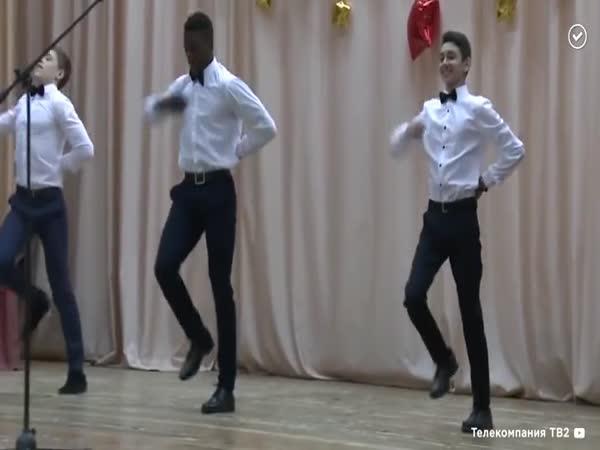 Africko-ruský tanečník