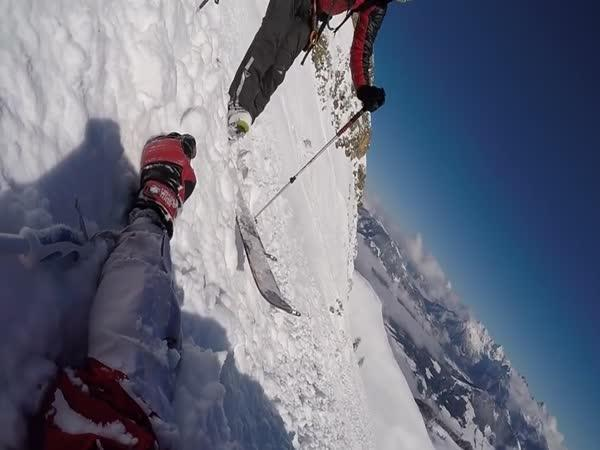 Pád lyžaře v Rakousku