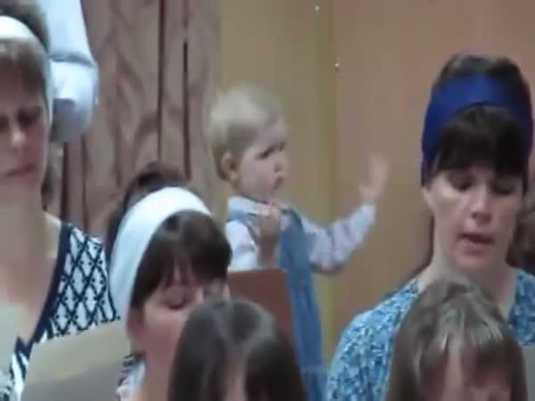 Z téhle holčičky bude dirigent