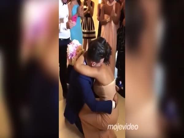 Žádost o ruku na svatbě