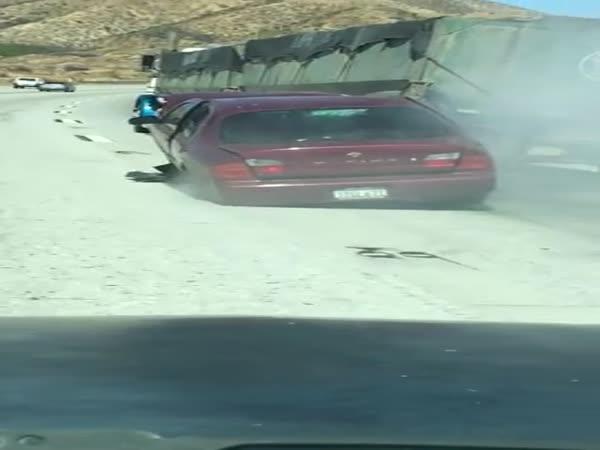 Dopravní nehoda v Kalifornii #555