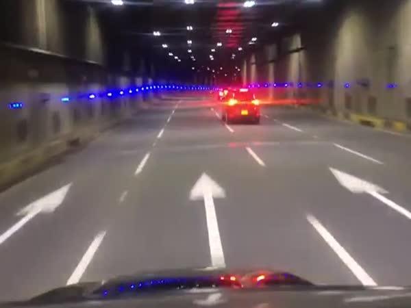 Dopravní nehoda Mercedesu #550