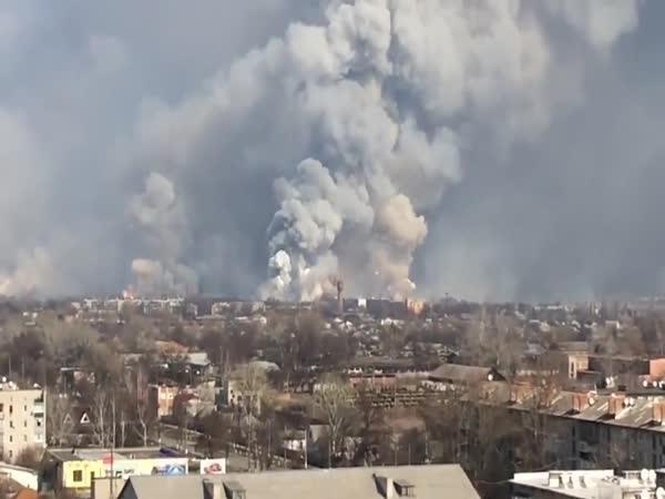 Výbuch muničního skladu u Charkova