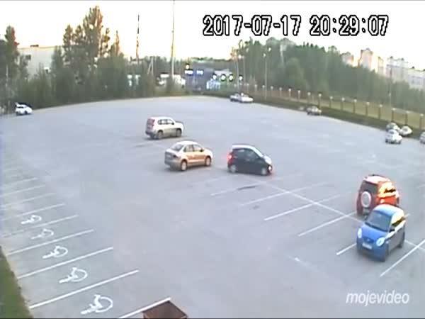 Málo místa na parkovišti