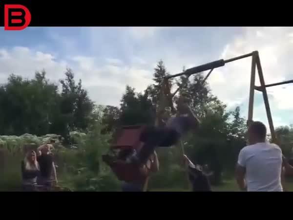 Idiot na houpačce