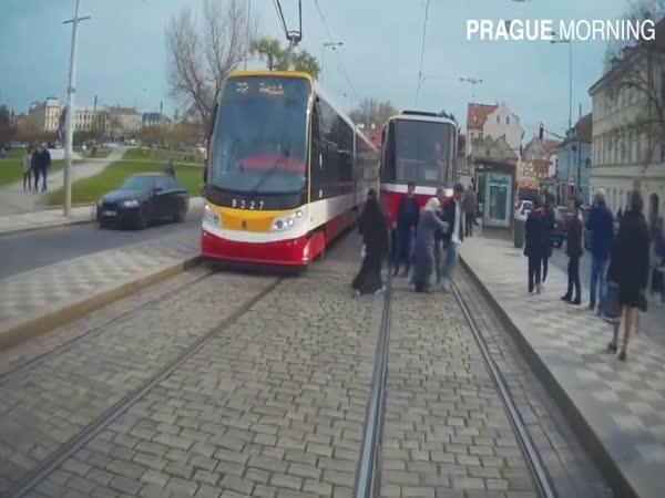 Autoškola a problém jménem tramvaje