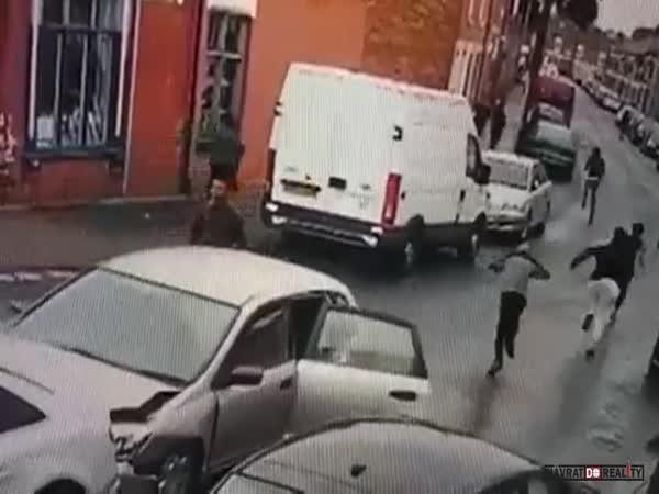 Vtipná dopravní nehoda v Anglii