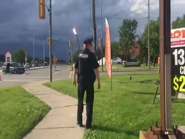 Výboje elektrického oblouku v Kanadě