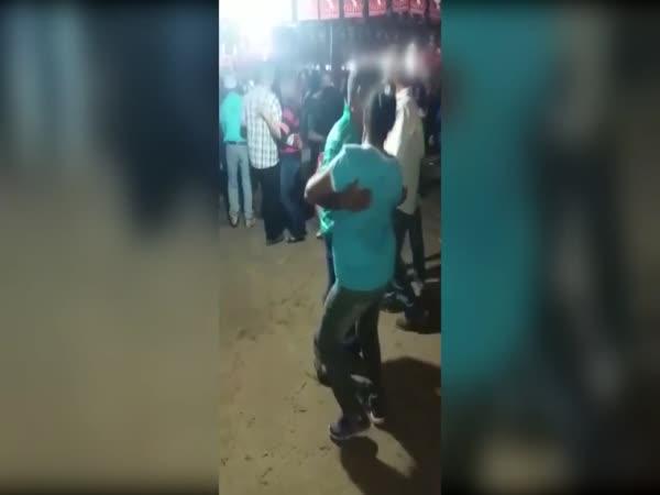 S touto ženou tancovat nebudeš!