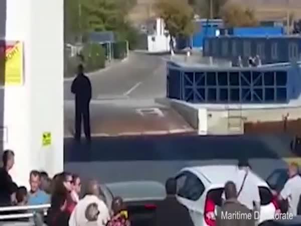Chtěl být první