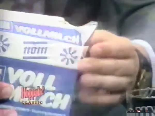 Otevření krabice mléka před 30 lety