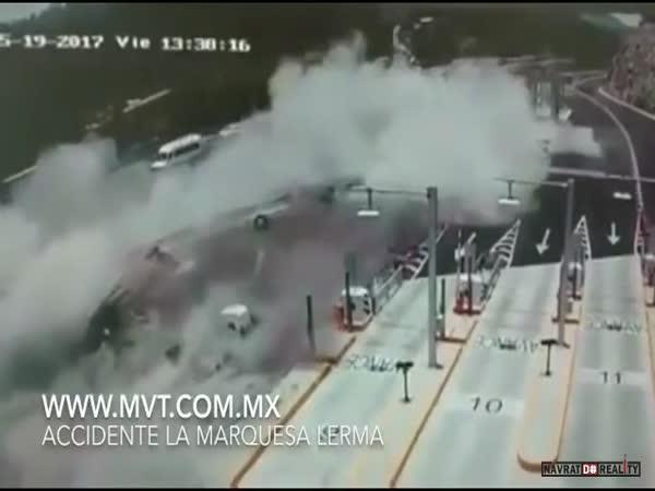 Hrůzostrašná dopravní nehoda #560