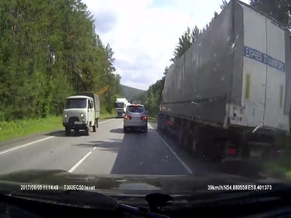 Když kamionu selžou brzdy