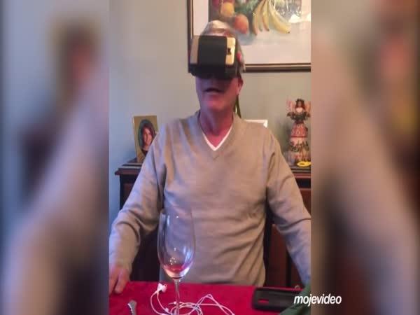 Vyzkoušel si VR během večeře