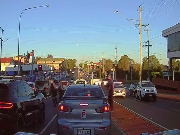 Teenageři ukradli SUV (Austrálie)