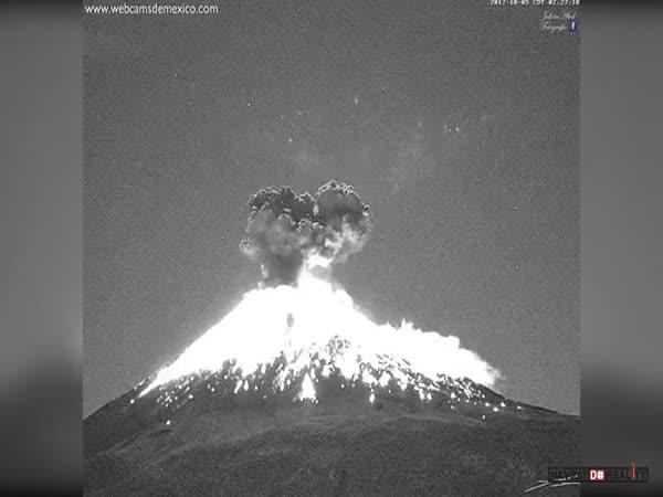 Erupce sopky Popocatépetl