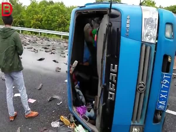 Dopravní nehoda v Číně #591