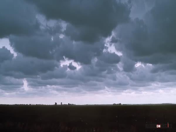 Transient - Přechodná bouře