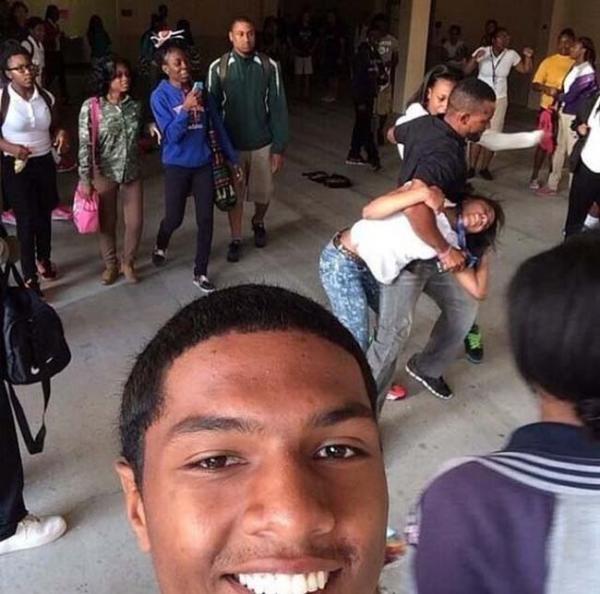GALERIE - Nevhodné situace pro selfie! 1
