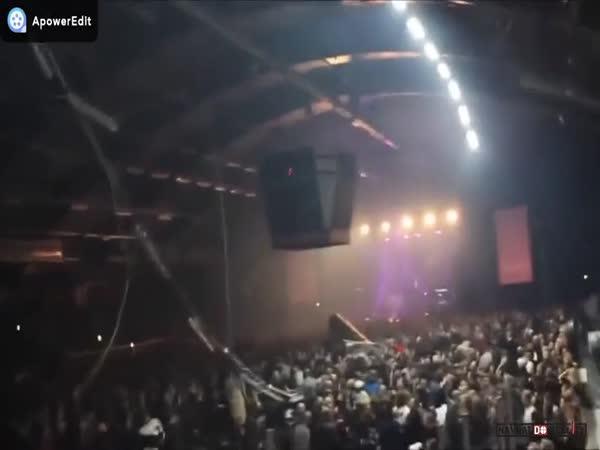 Nehoda na rockovém koncertu