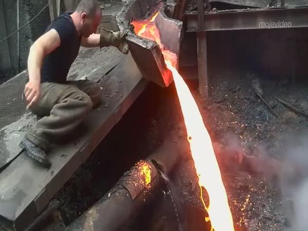Azbestová ruka arménského hutníka