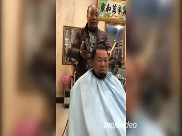 U čínského kadeřníka