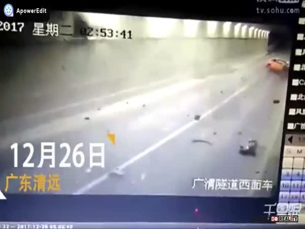 Motonehoda v Číně #143