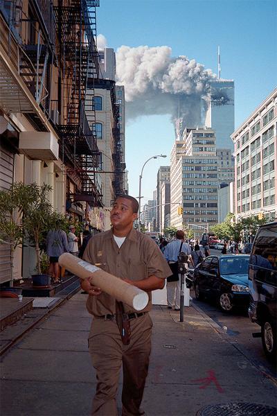 GALERIE - 10 unikátních snímků z 11. září